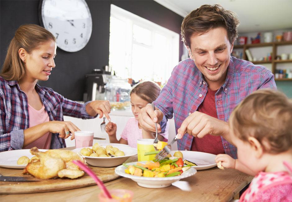A tavola con i bambini: gli errori da evitare