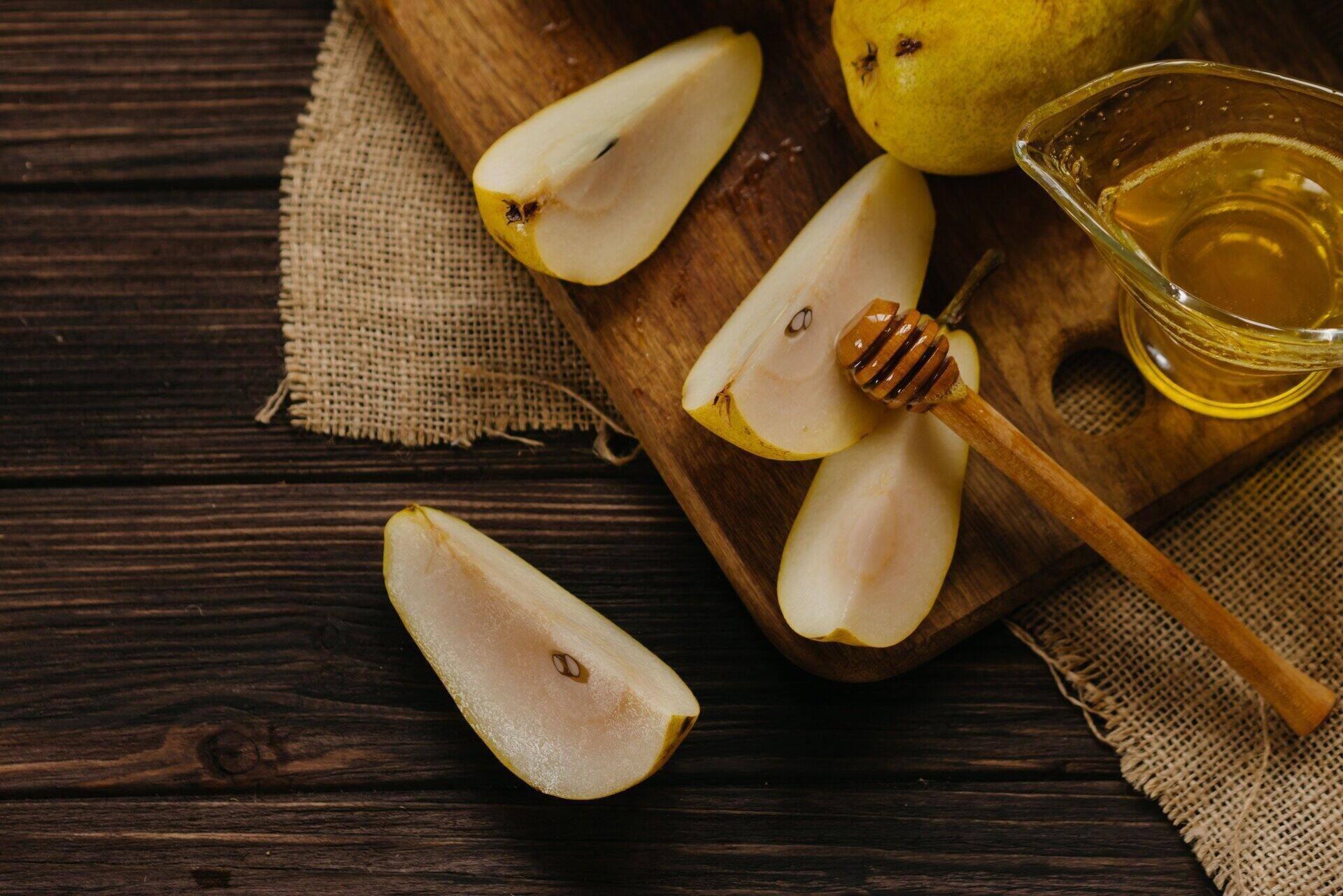 Frutta tagliata che diventa nera: Angys, la pera che non si ossida